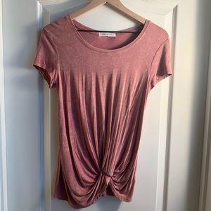 Mauve pink t-shirt Size Small